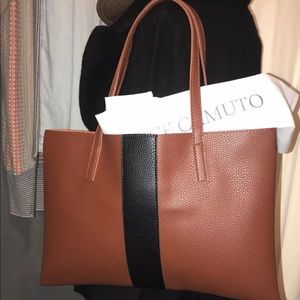 Vince camuto vegan leather tote bag ❤️
